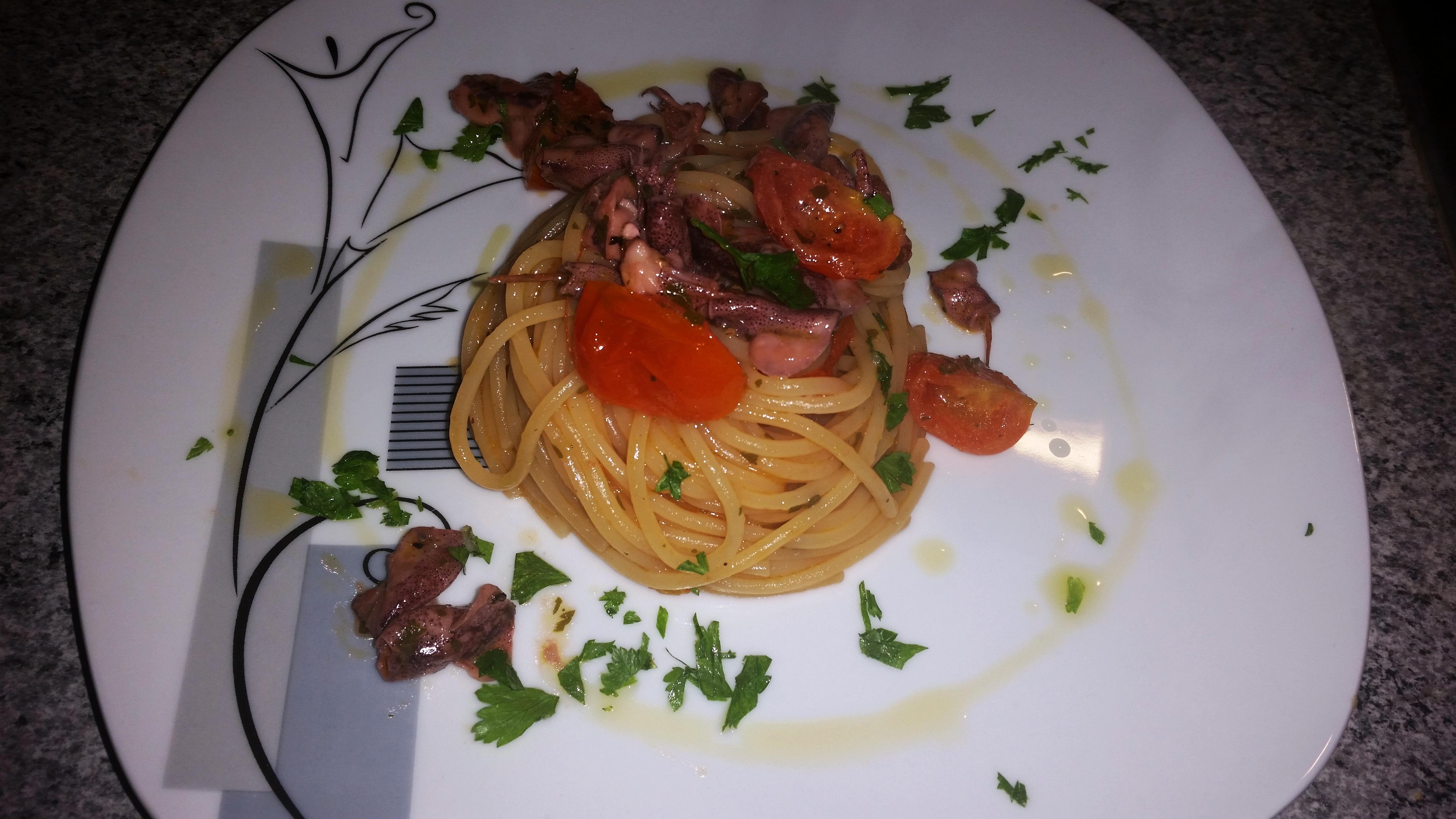 Spaghetti ai calamaretti spillo