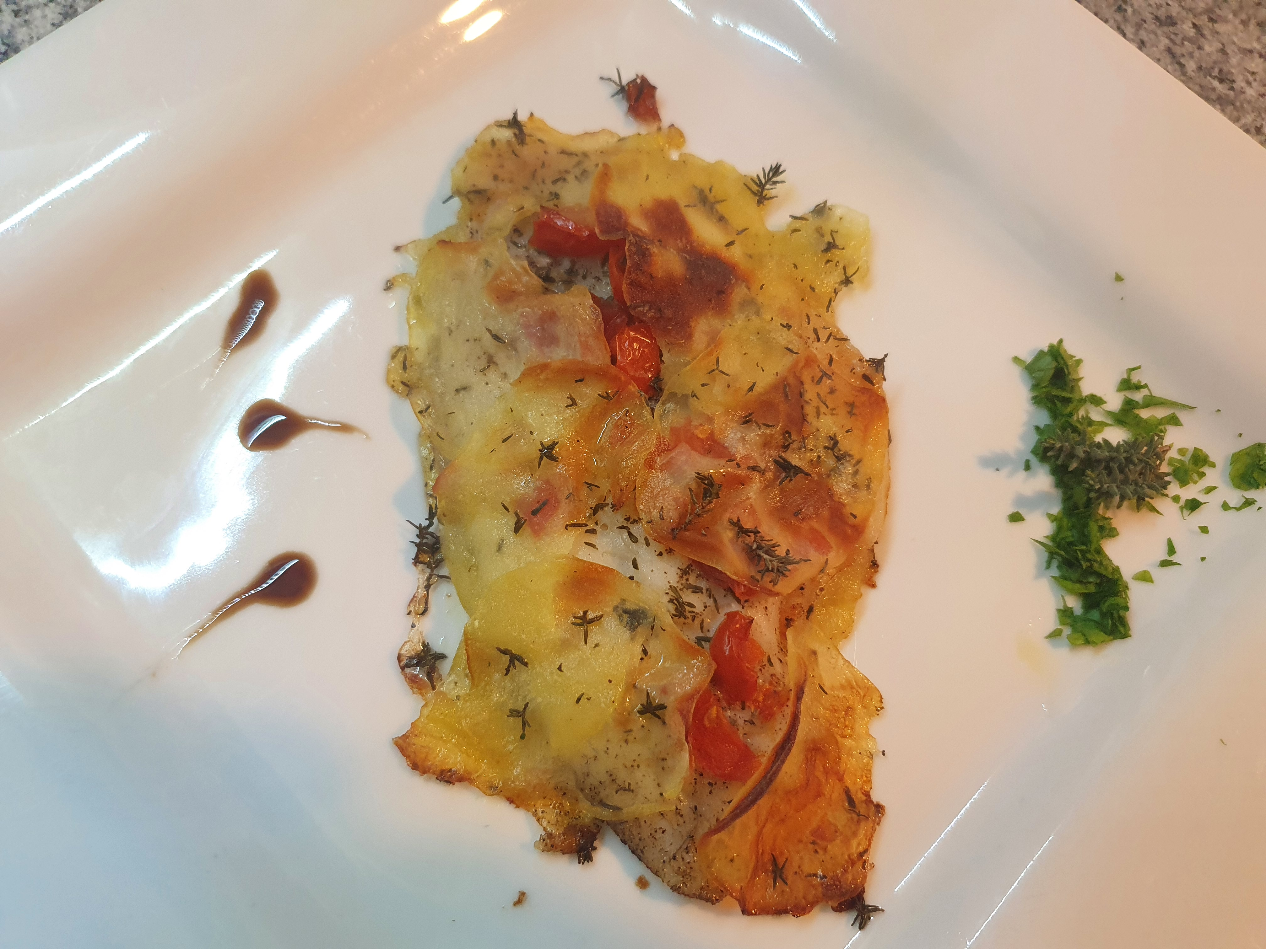 Filetto di orata in crosta di patate